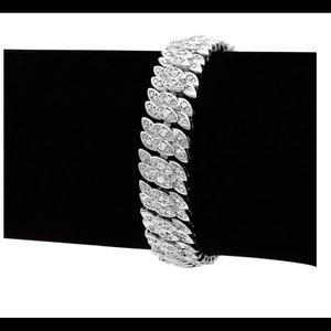 Jewelry - 2CT DIAMOND PETAL BRACELET